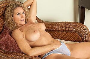 Xxx of age milf solo naked free photo
