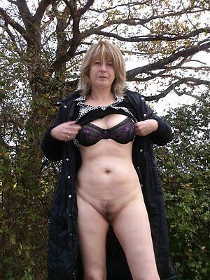 Beautiful mature whore wife amateur nude pics