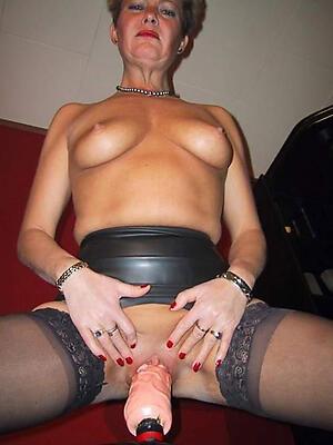 Hot mature pussy measure slut pics