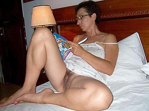 Naked hot mature moms pics
