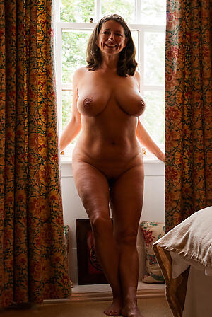 Inexpert pics be advantageous to bare-ass matured private homemade