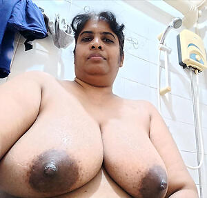 Bald mature indian pussy photo
