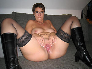 Homemade mature wife slattern pics