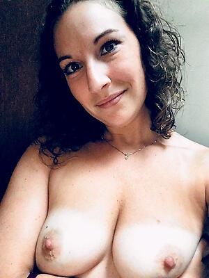 Naked mature selfshots free gallery