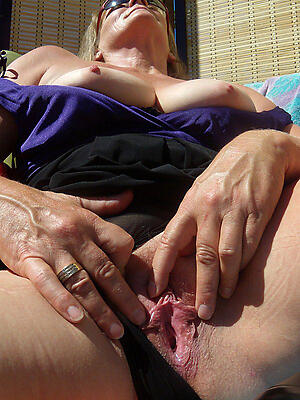 Hot porn of age-old of age pussy