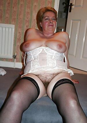 Pretty sexy mature sluts