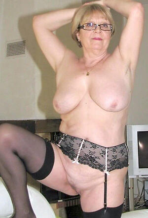 Amateur pics of mature old granny