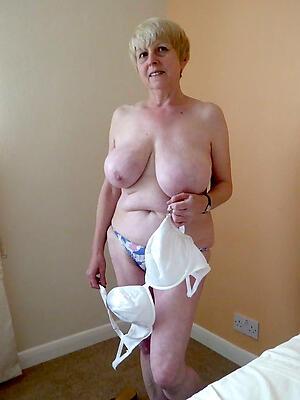 Non-professional pics of mature granny sluts