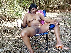 Thick adult ebony porn pics