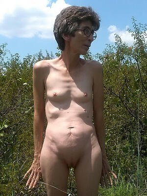 Xxx amateur mature small tits