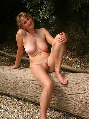 Amateur pics be worthwhile for mature pussy