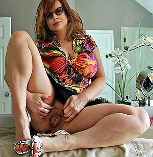 Naked grown-up latina moms