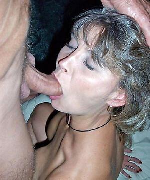 Nude mature amateur blowjob pics