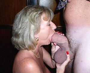 Hot porn of mature amateur blowjob