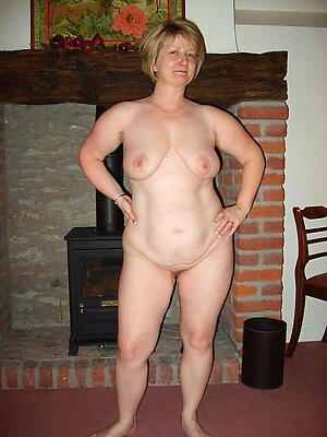 Naughty mature white wife amateur pics