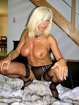 XXX mature sluts pussy pics