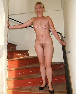 naughty mature steady old-fashioned bare-ass pics