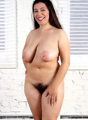 Slutty mature unshaved nude pics