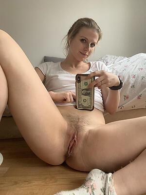 Xxx mature selfshots naked photo