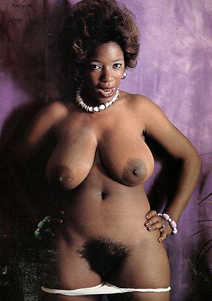 Nude ebony mom pussy pics