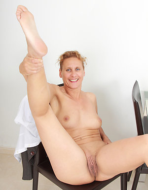 Xxx mature nylon feet