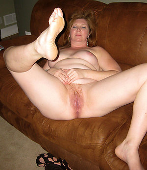 Amazing mature mom feet pics