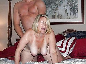 Free mature moms fucking amateur pics