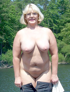 Horny ex girlfriend nude photos