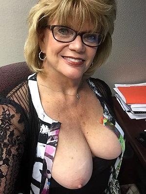 Xxx beautiful mature ladies with glasses