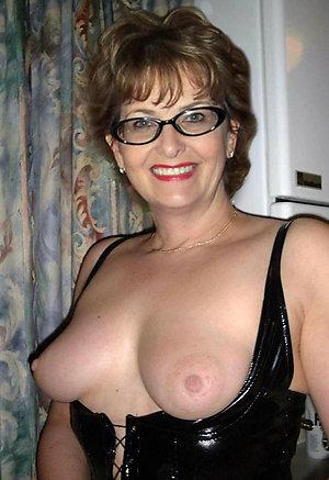 Cute amateur mature ladies xxx with glasses
