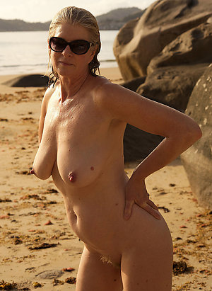 Promiscuous mature women in glasses photos