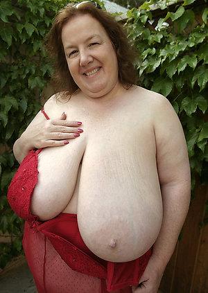 Best pics of nude grannies