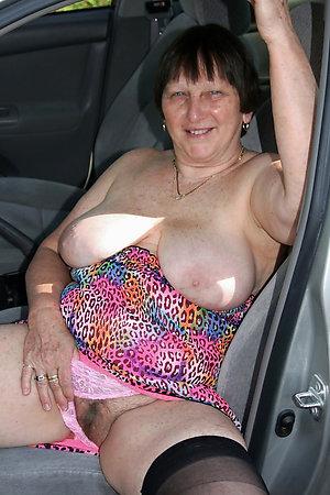 Sweet sexy granny xxx pictrues