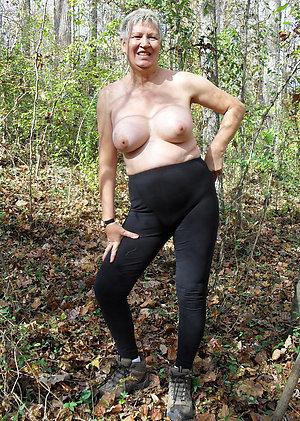 Big granny boobs sex pics