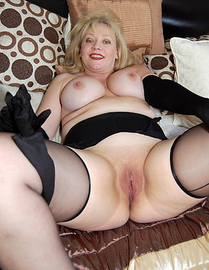 Sweet old ladies masterbating pics