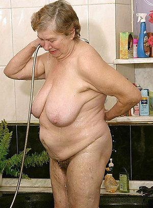Amateur homemade granny porn pics