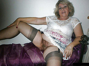 Free hot naked grannys pictures