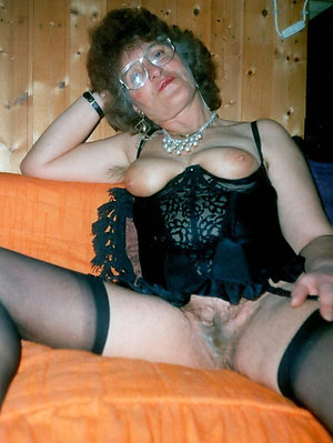 Sexy old grannies free pics