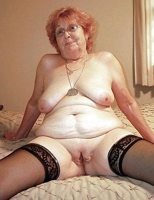 Real sexy mature granny sex pics