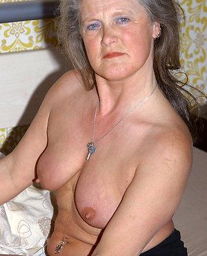 Best pics of mature granny sex