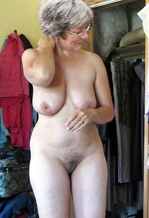 Amazing mature granny sex pics