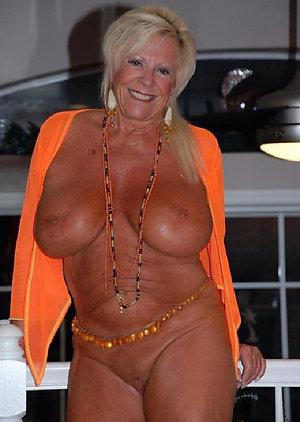 Inexperienced naked mature grannies