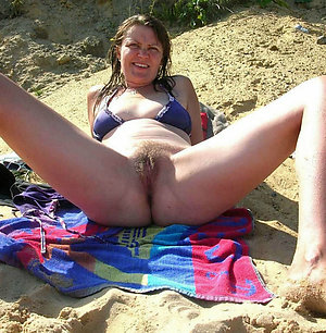 Slutty hairy mature women photos