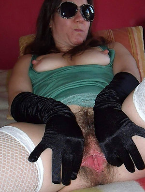 Naked hairy old lady pictures