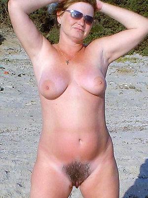 Beautiful natural hairy moms pics