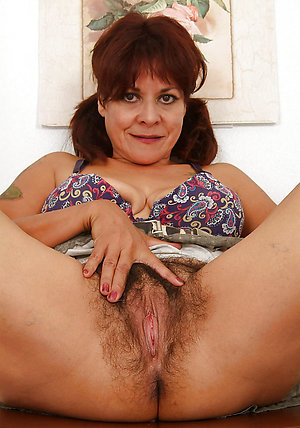 Amateur hairy old wife free pics