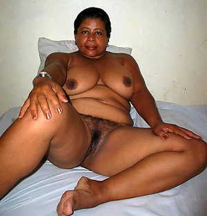 Real latina wife nude pictures