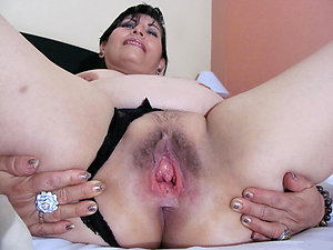 Amazing hot mature latinas pics