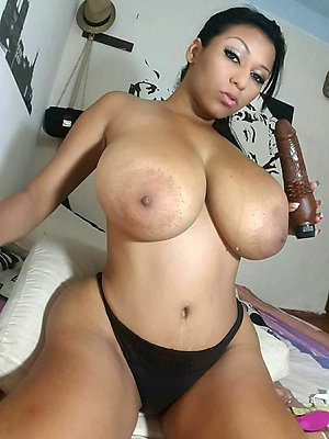 Amateur pics of mature latina nude