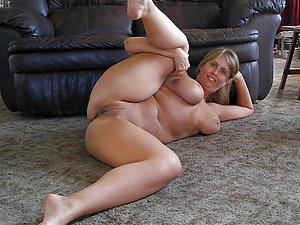 Sexy amateur old women with great legs